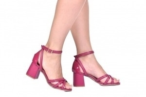 Sandália 3 Tiras Rosa