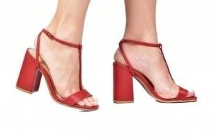 Sandália Tira Fina Vermelha