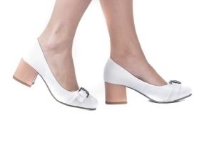 Sapato Baixo Fivela Branco